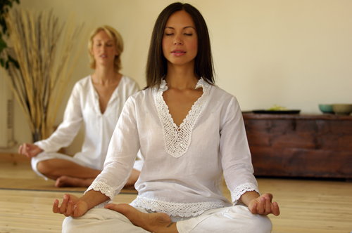 How to Use Mindfulness in Recovery - women meditating